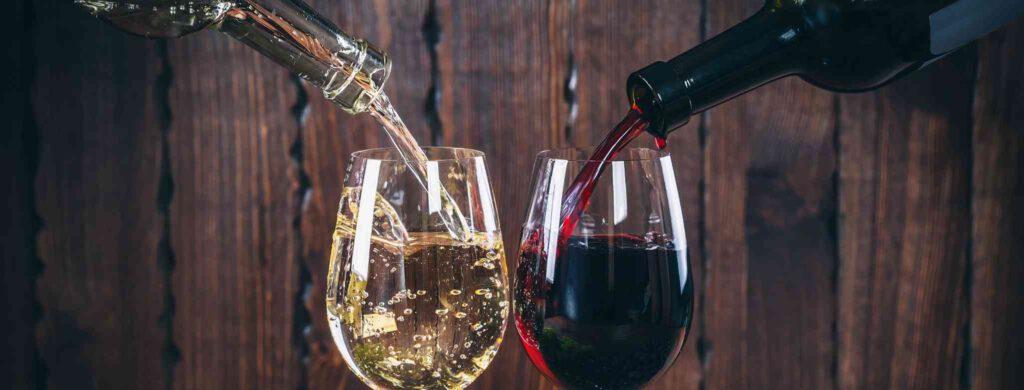 איזה יין יותר מתאים לארוחה - אדום או לבן