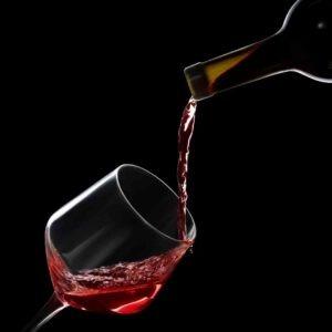 יין אדום לפני השינה